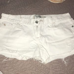 Pants - 3 for $15 🌸🌺 white distressed jean shorts